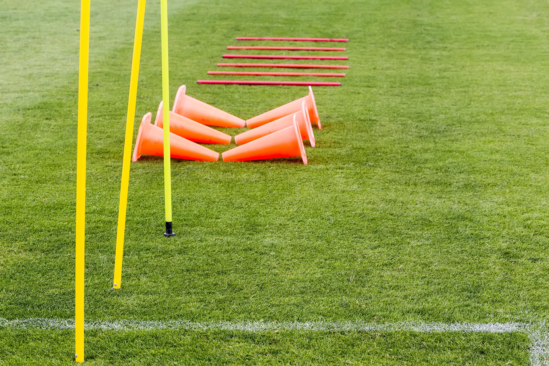 Quelles sont les équipements obligatoires pour une équipe de foot